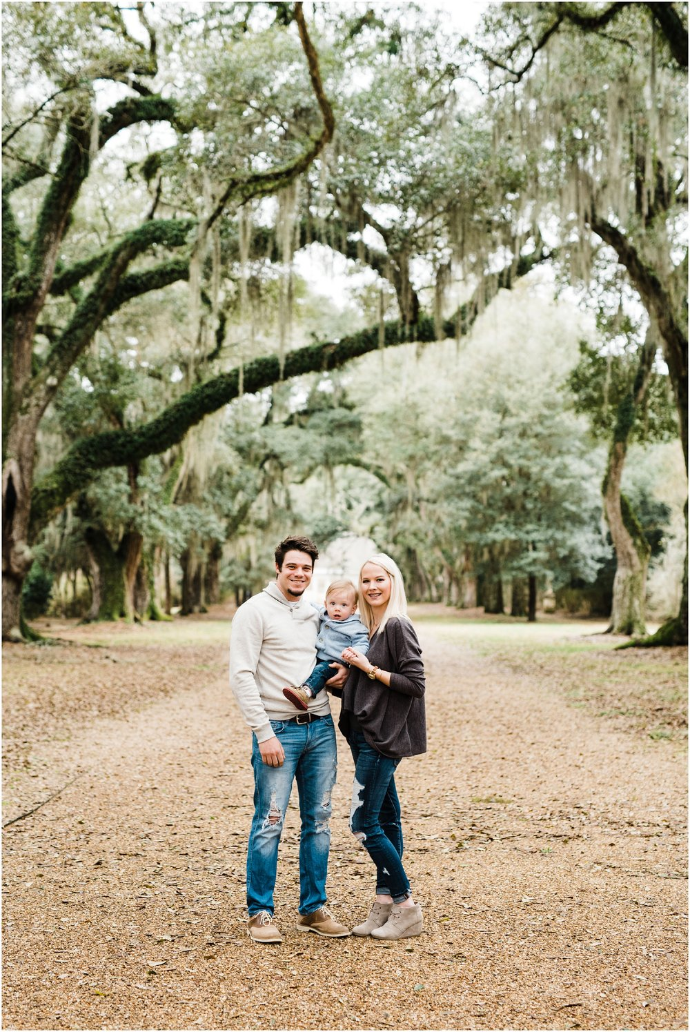 Rosedown Plantation St. Francisville Engagement and Family Session photographed by Taylor Hubbs Photography located in Baton Rouge, Louisiana.