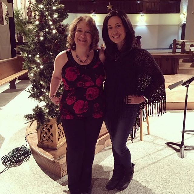 I love seeing my clients in their element; living their dreams and experiencing a life of joy to the fullest potential! Such a wonderful evening listening to my superstar client Theresa and her incredible choir at St Joseph's Parish! 😊❤️🎄 I'm so proud of you!!! 💪🏻🤩🎤💜 #dowhatyoulove #liveyourdreams #holistichealth #fitbeautifulsmartandtalented #Christmas #joy #bestclientsever #lovelove @serenityfitnessorleans @theresa_sorrenti_fournier_