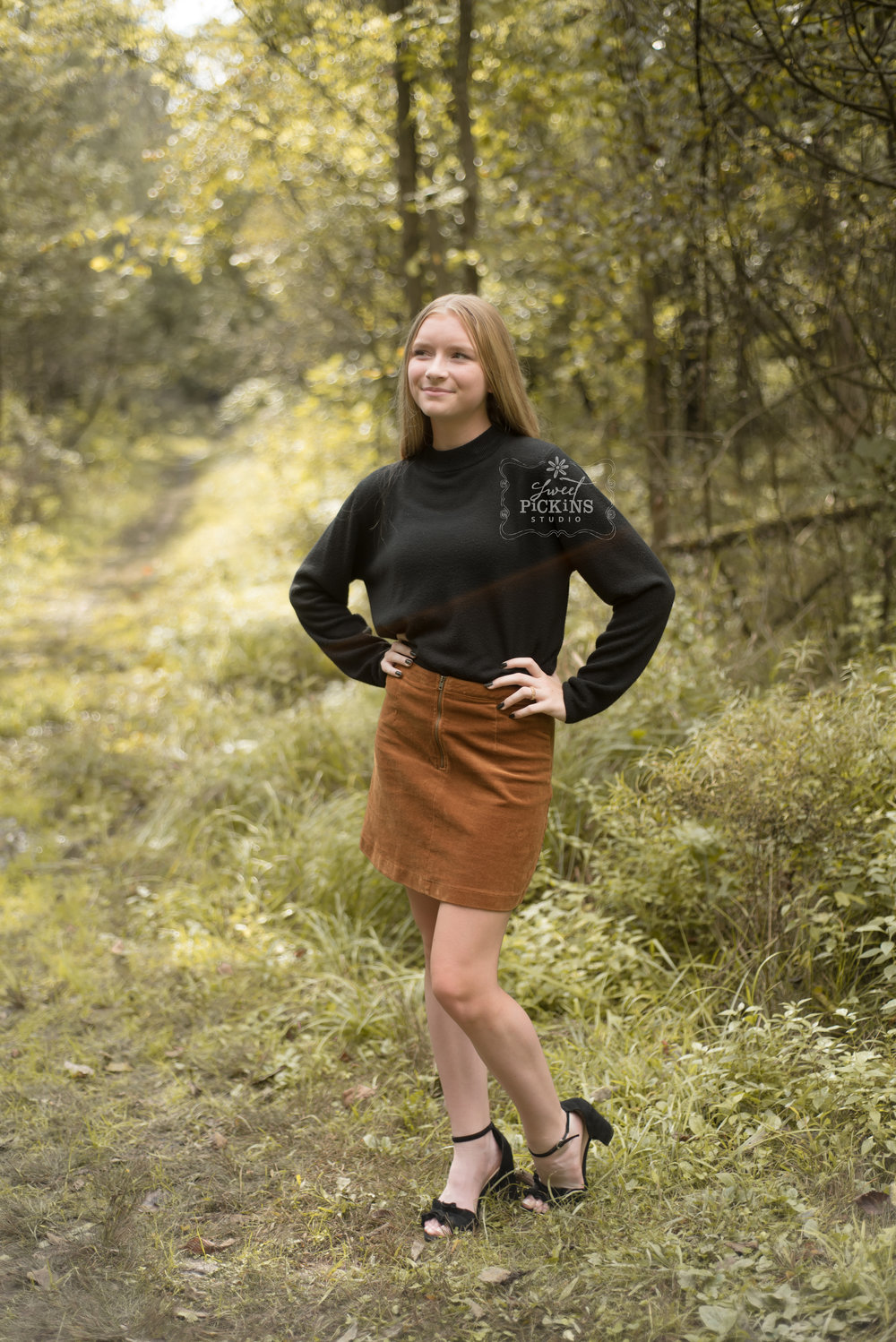 Fall Teen Model Photography Session with Sweet Pickins Studio | Peru, Indiana