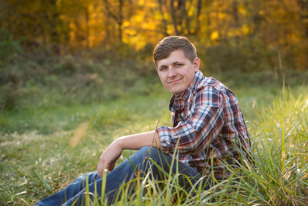 Miami, Indiana Senior Portrait Photography | Class of 2019 | Outdoor Fall Senior Guy