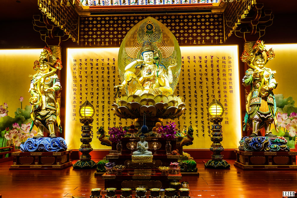 Buddha Tooth Relic Temple, Singapore June 2017
