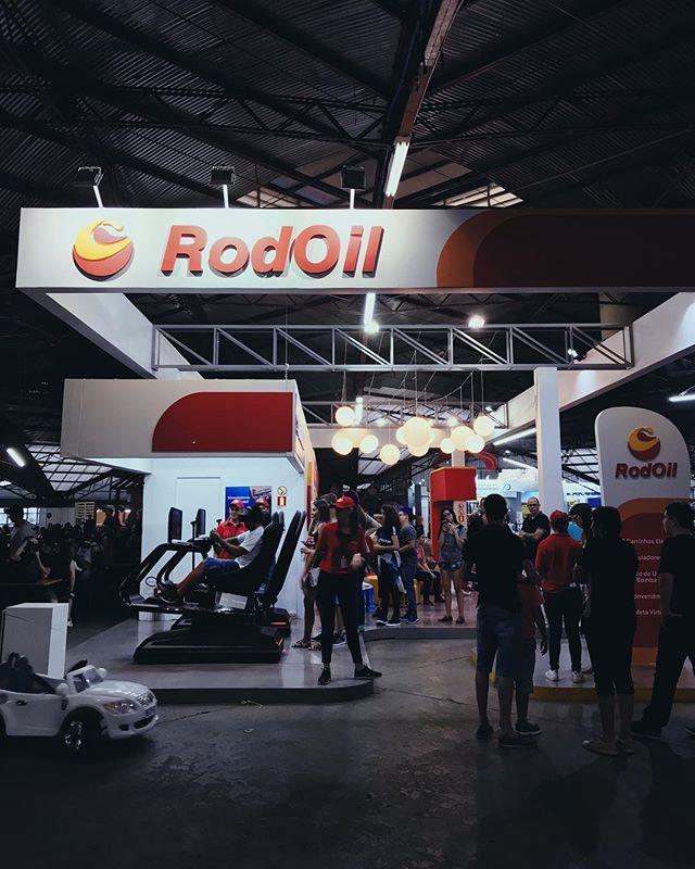 Estamos participando com 2 simuladores Race VR no espaço dos @postos.rodoil na @festadauva2019 . Vem andar com a gente até o dia 10 de março, em Caxias do Sul - RS. 🏎🏎🏁