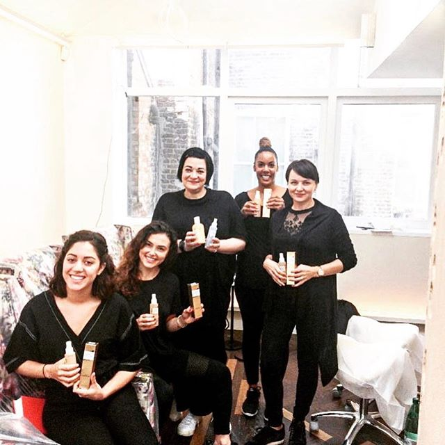 Say hello to the team @cloudtwelveclub , a new wellness and lifestyle club which includes a learning zone for families with children, a spa, a brassiere, a holistic wellness clinic and luxury salon where you can find luxury vegan haircare brand @americanenglishhair