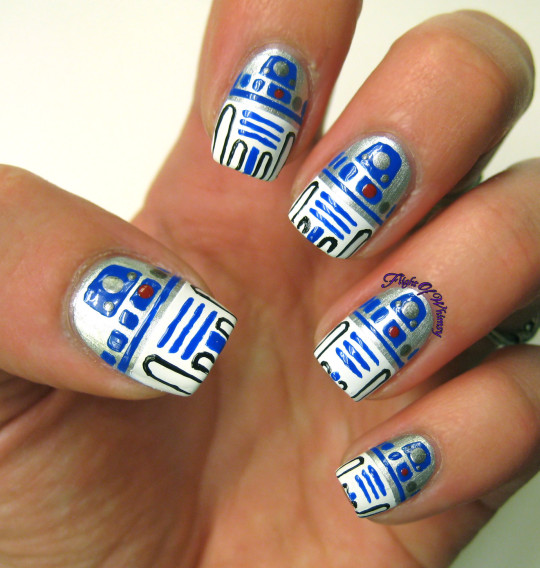R2D2 nails by Flight of Whimsy