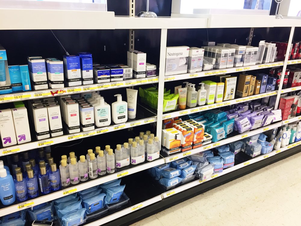 Neutrogena at Target - I got my Neutrogena products earlier this week when I was preparing for an outing with my little one. Right now, Target has a special offer on Neutrogena products.