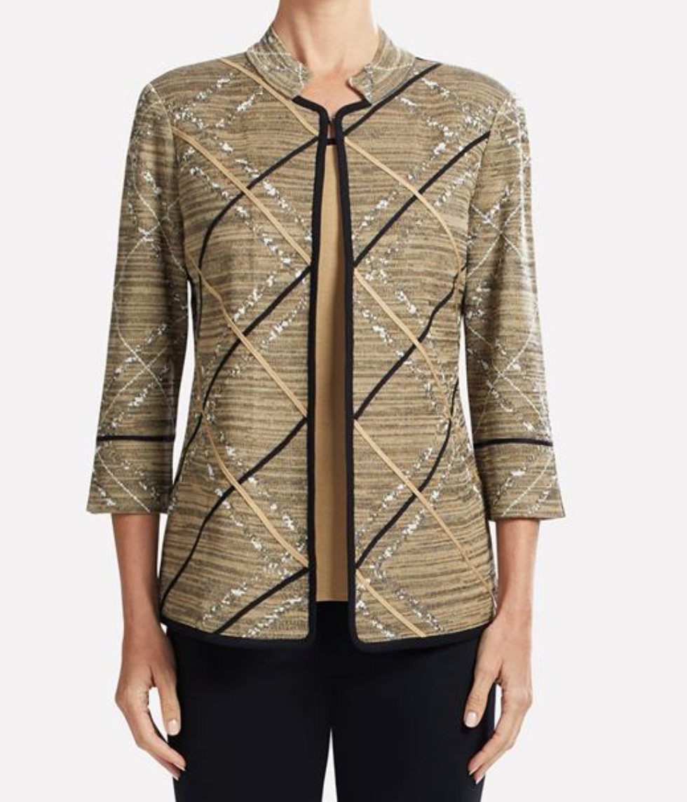"<a href=""http://www.misook.com/item/k3023ac/202/diagonal-trim-jacket?utm_source=gcfam&utm_medium=TK&utm_campaign=MSK7591"" rel=""nofollow"">Diagonal Trim Jacket</a>"