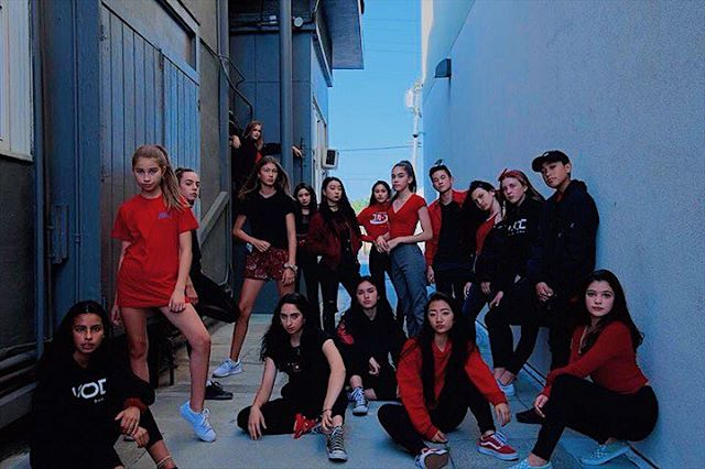 Happy Holidays from the Krazy8 Fam❄️❄️ - - - - - - - - - - - #holidays #krazy8 #damnstr8 #bayarea #str8jacket #dance #team #urbandance #danceteam #sanmateo