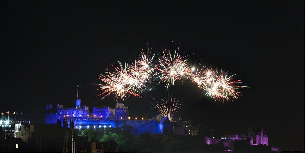 castle fireworks.jpg