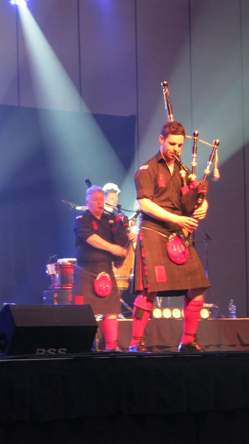 Angels, Bagpipes, and Balladeers: Celtic Music on the Bayou — A Glen