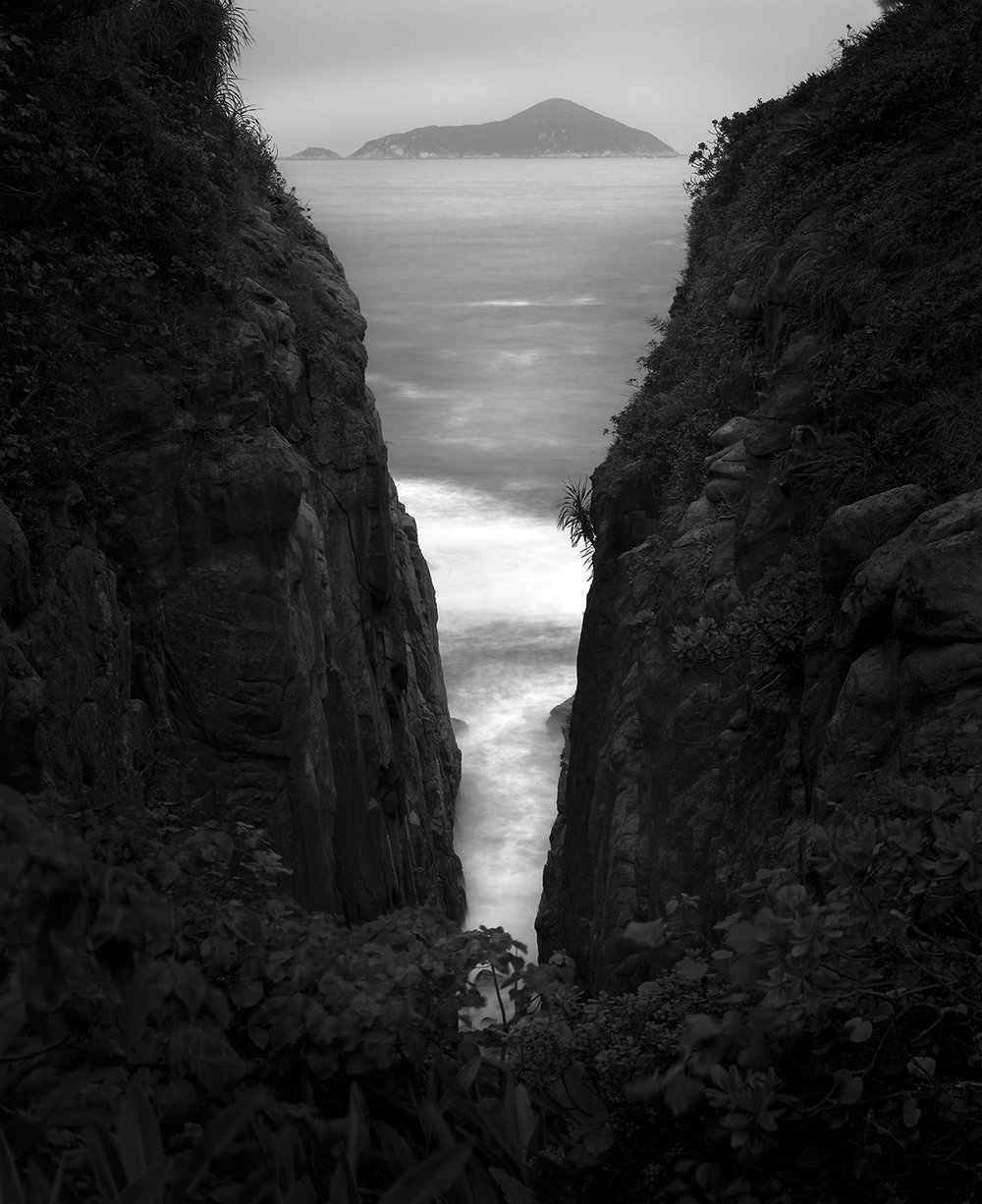 Headlands and Island, Hong Kong - 2007.jpg
