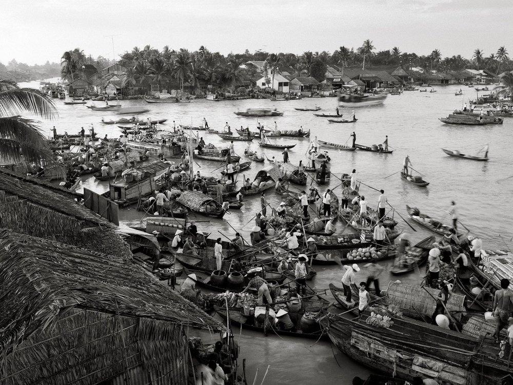 Boat-Market-Can-Tho,1995.jpg