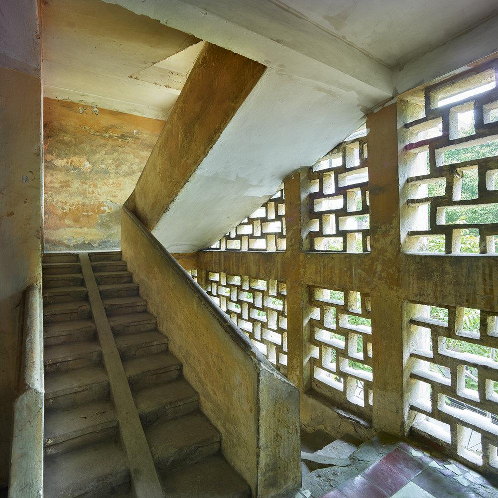Stairs #1, Hanoi - 2016.jpg