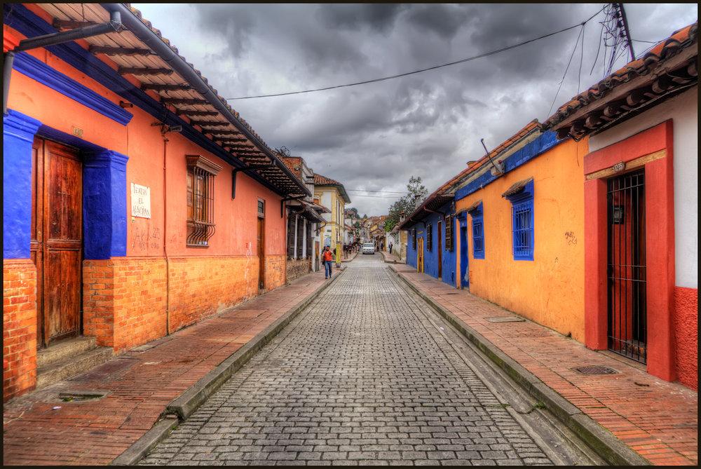 La_Candelaria,_Bogota,_Colombia_(5774703616).jpg