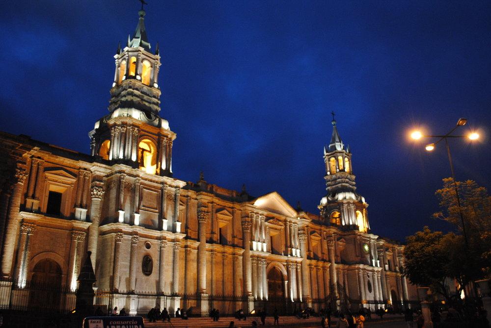 Catedral_de_Arequipa,_Perú.JPG