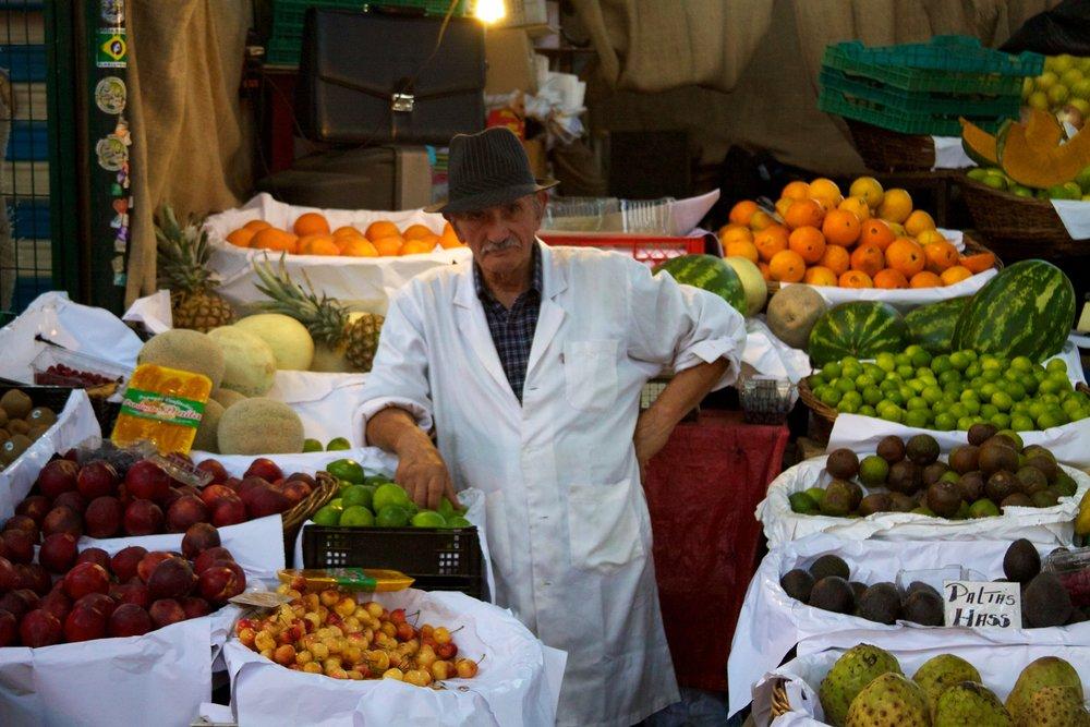 Chile_-_Santiago_02_-_Mercado_Central_(6977760963).jpg