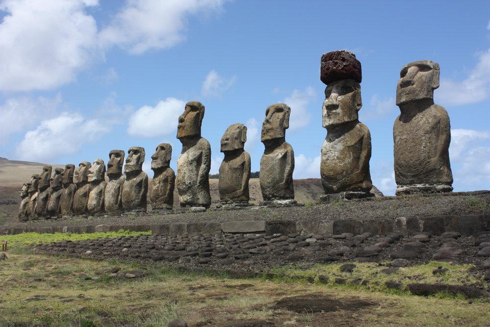Easter_Island,_Ahu_Tongariki_(6691207937).jpg