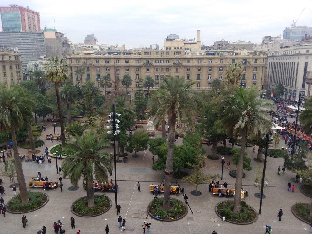 Plaza_de_Armas_Santiago_de_Chile.JPG