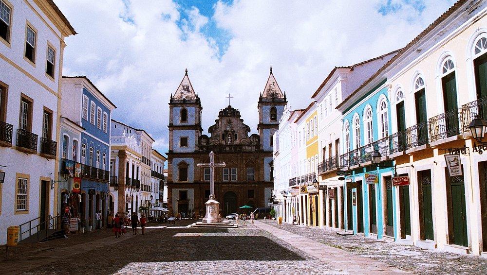 Convento_e_Igreja_de_São_Francisco,_Salvador,_Bahia,_Brasil.jpg