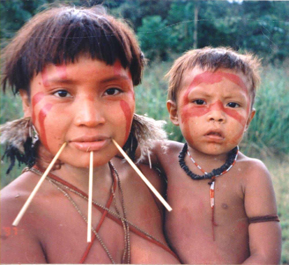 Yanomami_Woman_&_Child.jpg