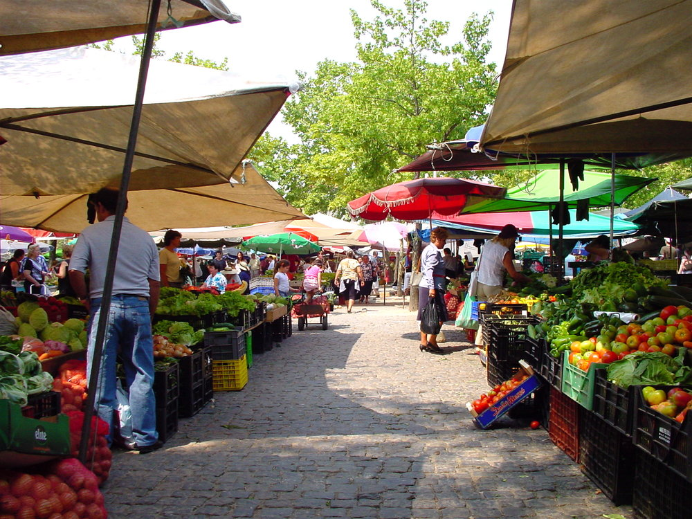 Market_of_Barcelos.JPG