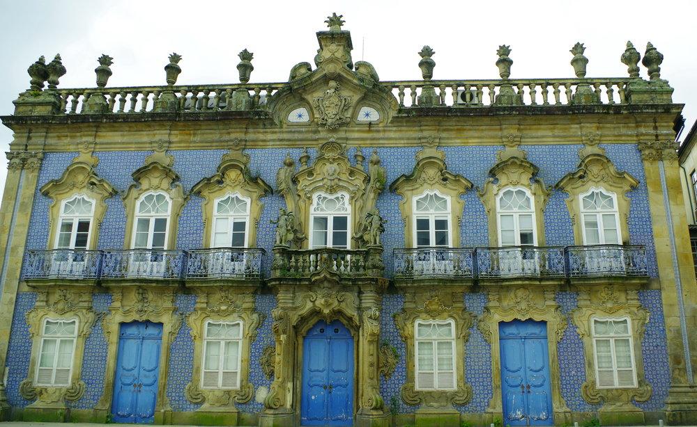 Palácio_do_Raio,_Braga,_Portugal_(21.4.14_-_13966361125).jpg