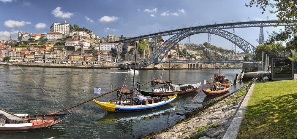 View_of_Porto_from_View_of_Porto_from_Vila_Nova_de_Gaia.jpg