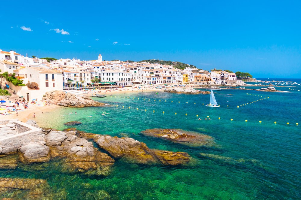 Calella de Palafrugell, traditional whitewashed fisherman village and a popular travel and holiday destination on Costa Brava, Catalonia, Spain.jpg