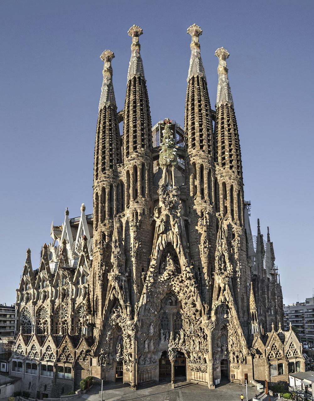 Sagrada_Família._Façana_del_Naixement_(cropped).jpg