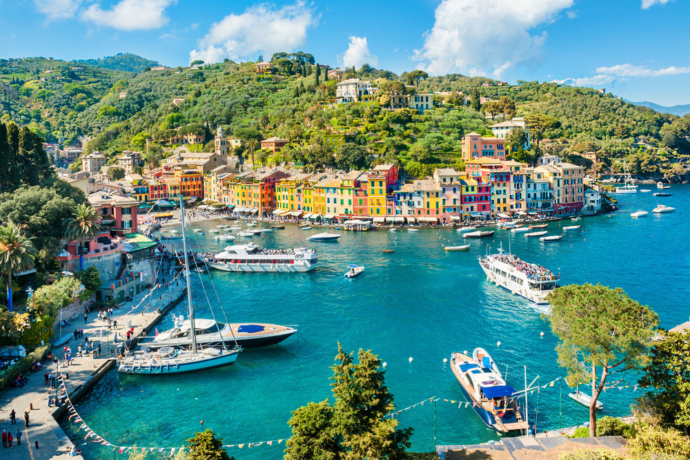 Panoramic view of Portofino, Ligurian coast, Italy.jpg