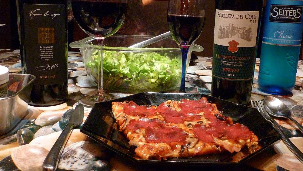 Home-made_Pizza_&_Italian_Wine.jpg