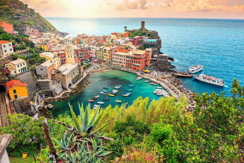 Vernazza and suspended garden,Cinque Terre National Park,Liguria,Italy,Europe.jpg
