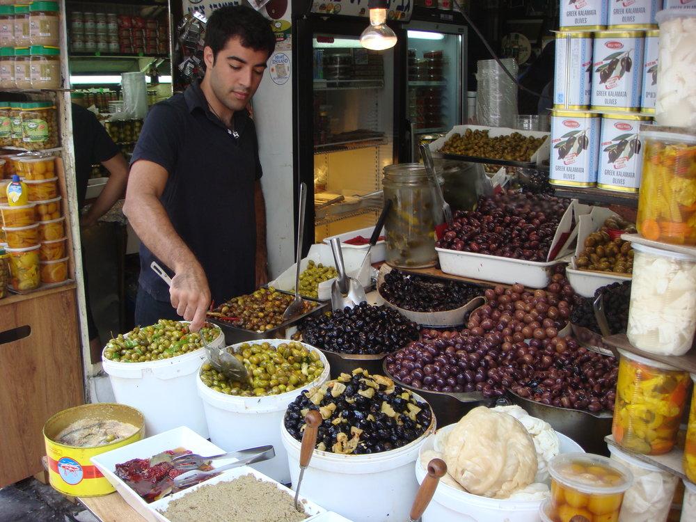 PikiWiki_Israel_9176_Levinsky_market_in_Tel_Aviv.JPG