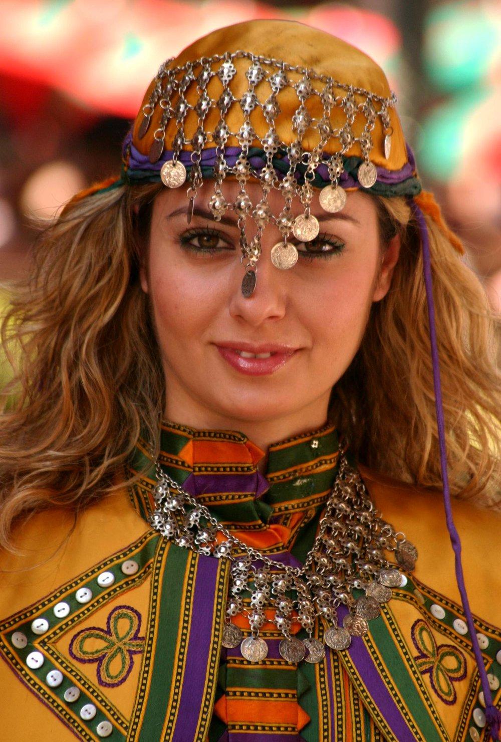 Turkish_traditional_fashion8.jpg