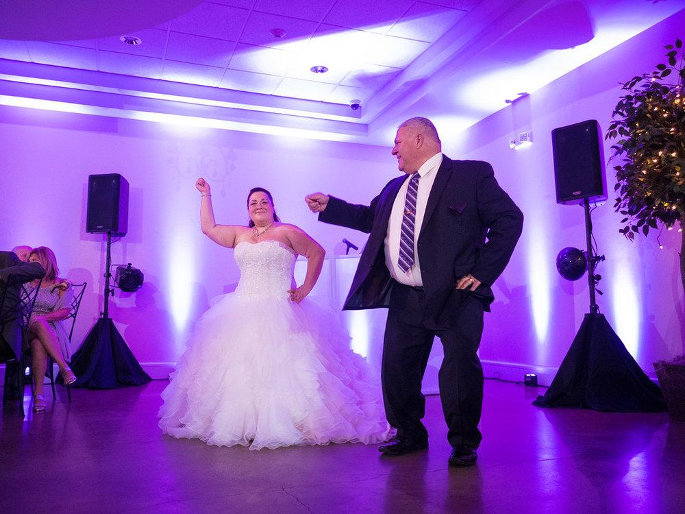 34_wedding_reception.jpg