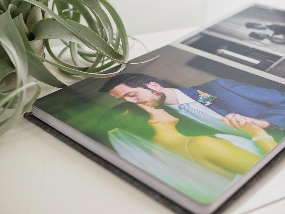 wedding-album-kiss.jpg