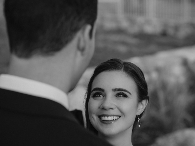 ChapelHill-NC-Couple-Portrait-Wedding-3.jpg
