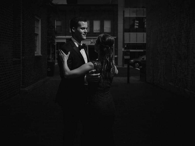ChapelHill-NC-Couple-Portrait-Wedding-8.jpg