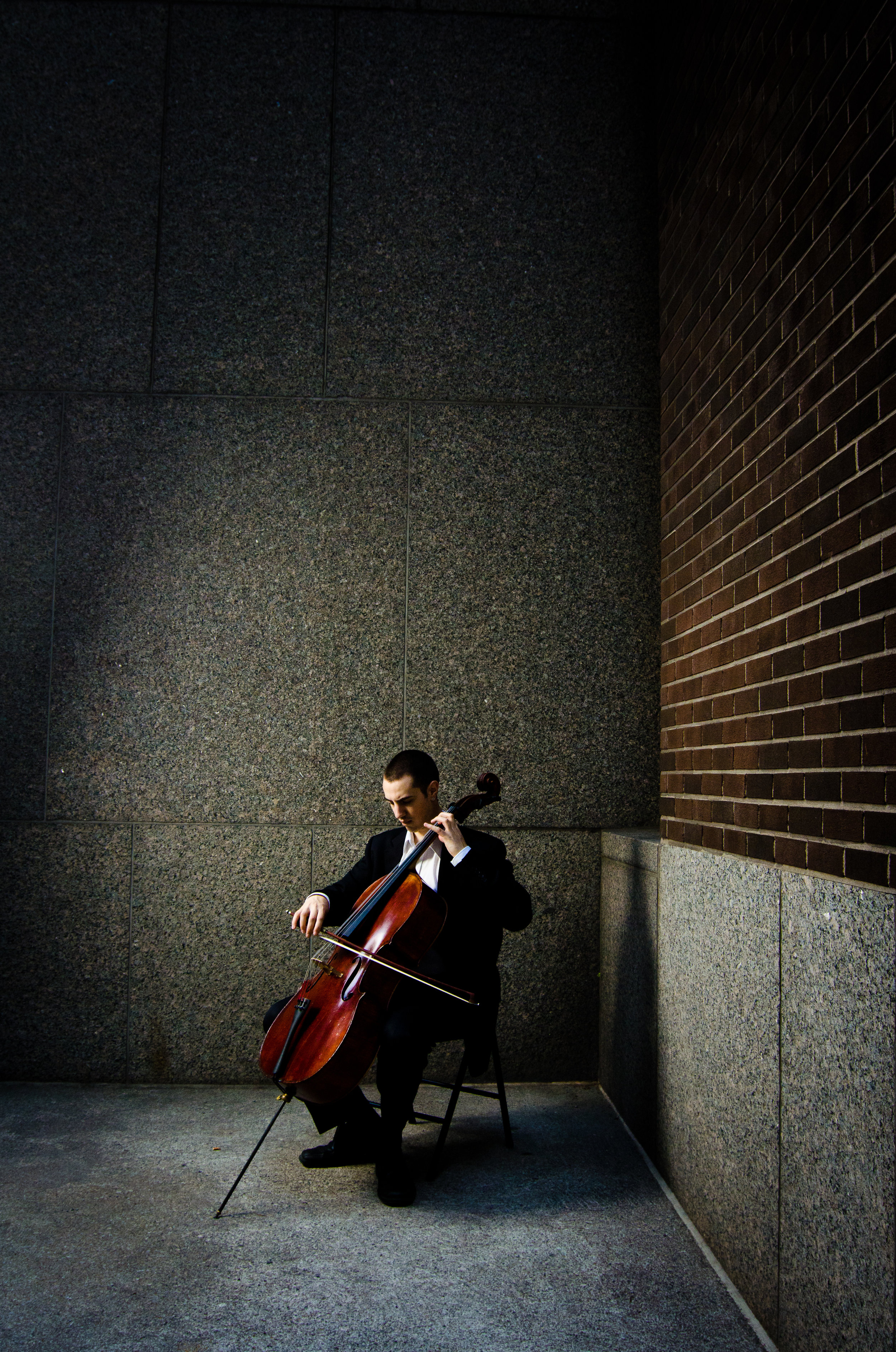 Artist-Portrait-Bryan-Holt-Promotional-Playing-Cello-Montreal-Music-Photographer-Alex-Tran