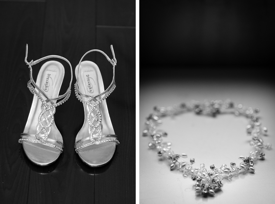 montreal-wedding-details-shoes-preparations-necklace-black-and-white-montreal