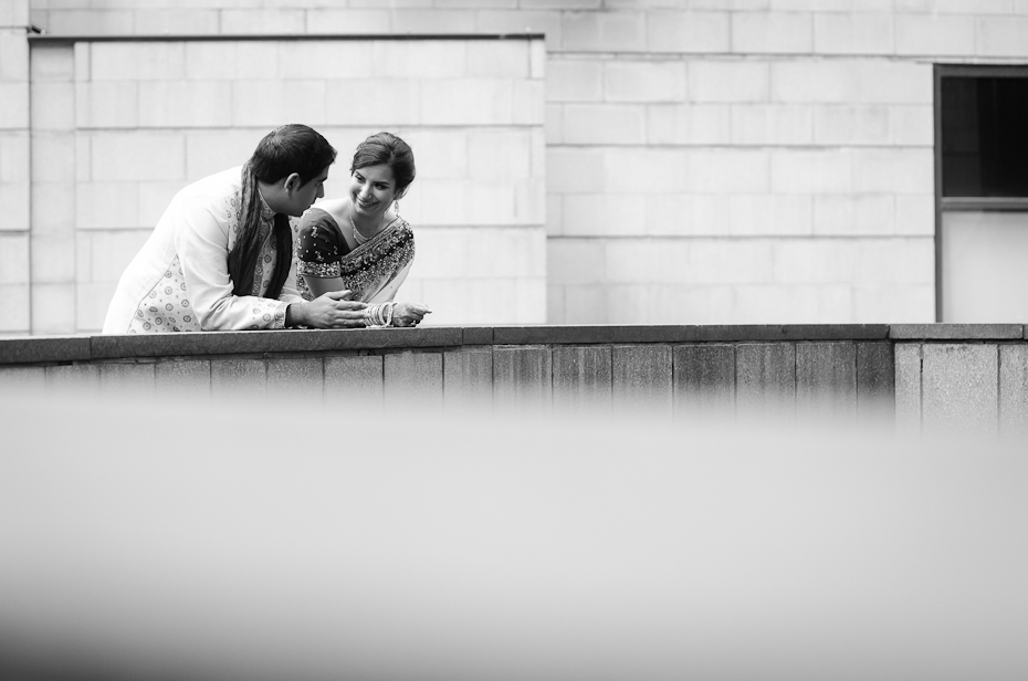 couple-photoshoot-montreal-old-port-indian-wedding-photographer