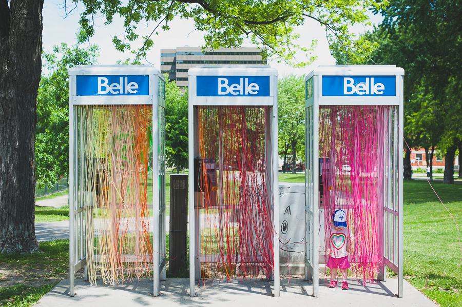 100in1day-montreal-belle-phone-booth-portrait-carolina-murillo-morales-phone-booth-installation-art
