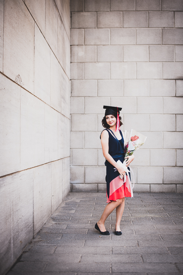 portrait-girl-graduation-cap-mcgill-university-campus-photographer-alex-tran