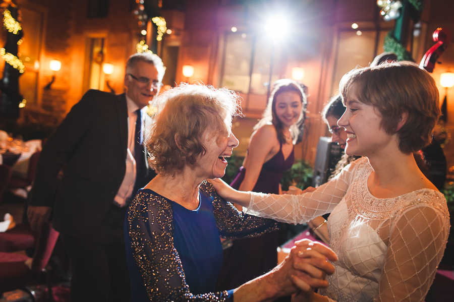 bride-grandma-dance-floor-montreal-wedding-in-november