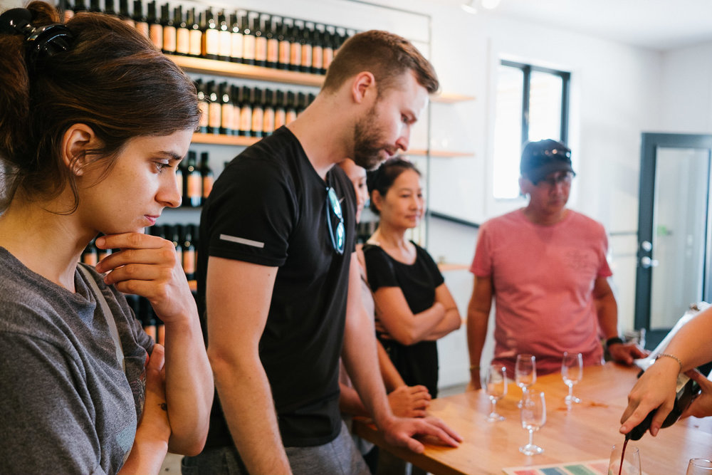 mona-cassis-currant-farm-wine-tasting