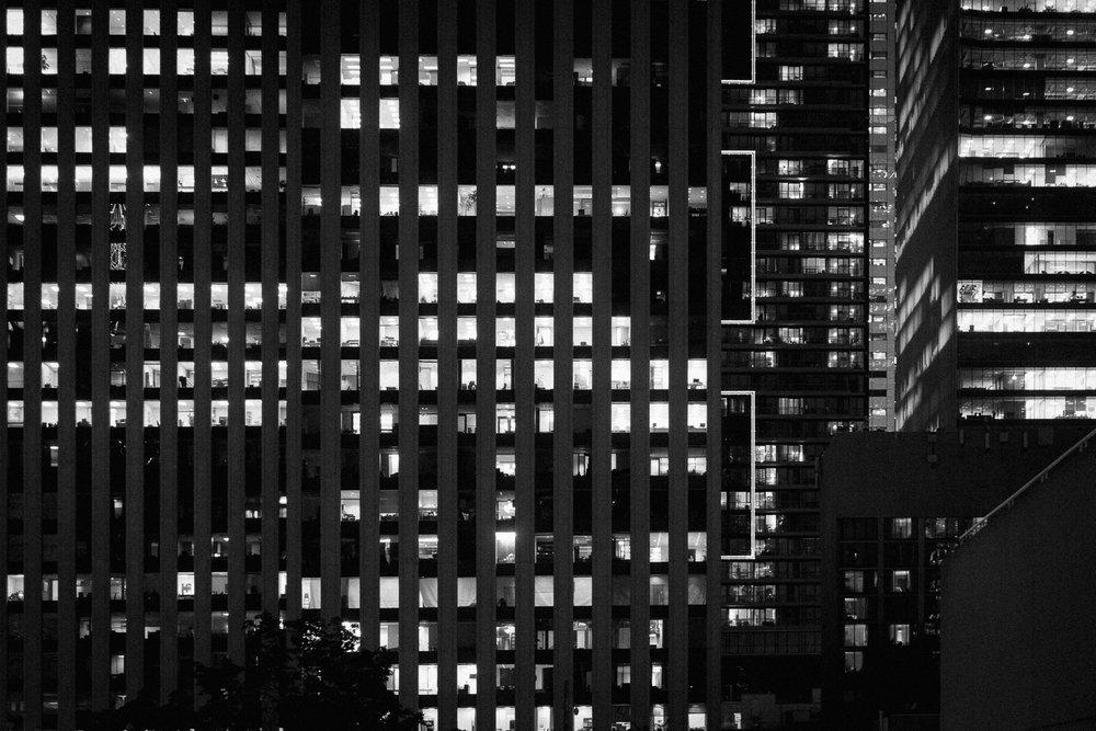 photos-windows-downtown-toronto-buildings