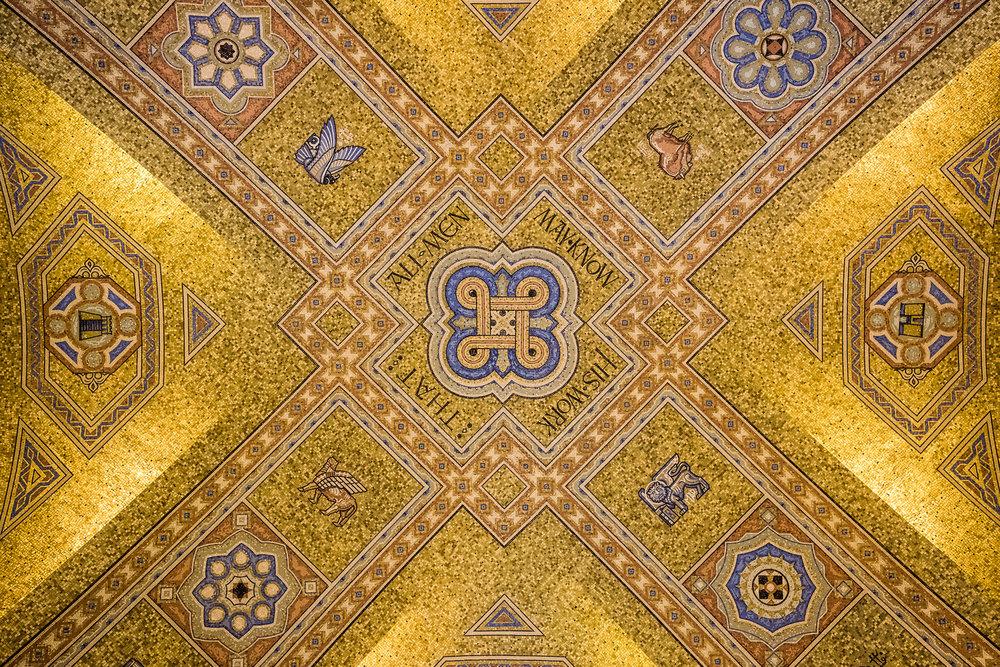 ceiling-at-royal-ontario-museum