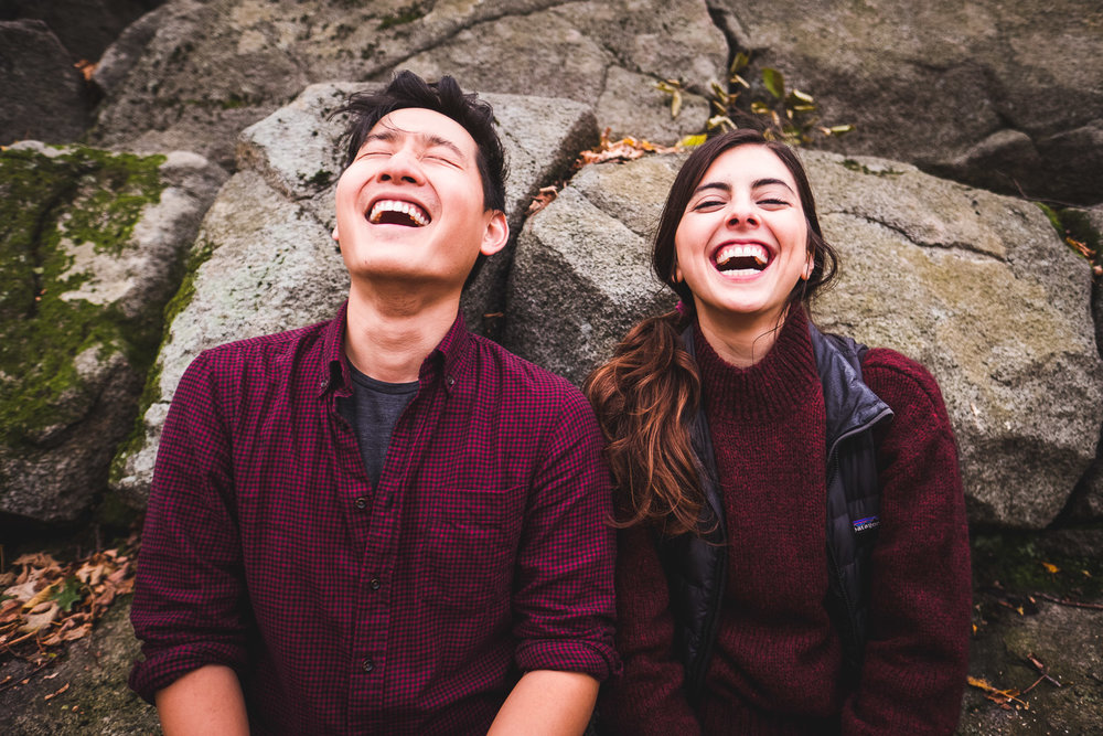 samia-and-alex-laughing