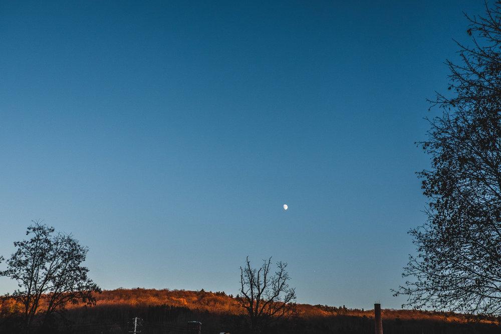 sky-shot-blue-sky-and-moon