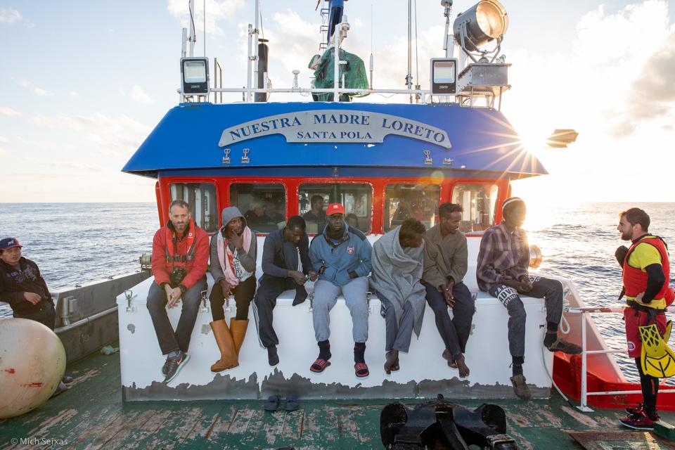 mediterranea-open-arms-nuestra-madre-loreto-pescadores-migrantes_michseixas-9227.jpg