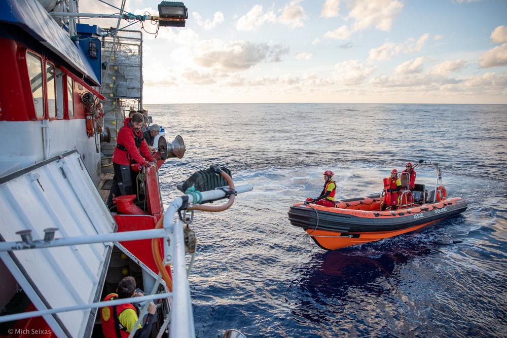 mediterranea-open-arms-madre-de-loreto-pescadores_refugiados-michseixas-9245.jpg
